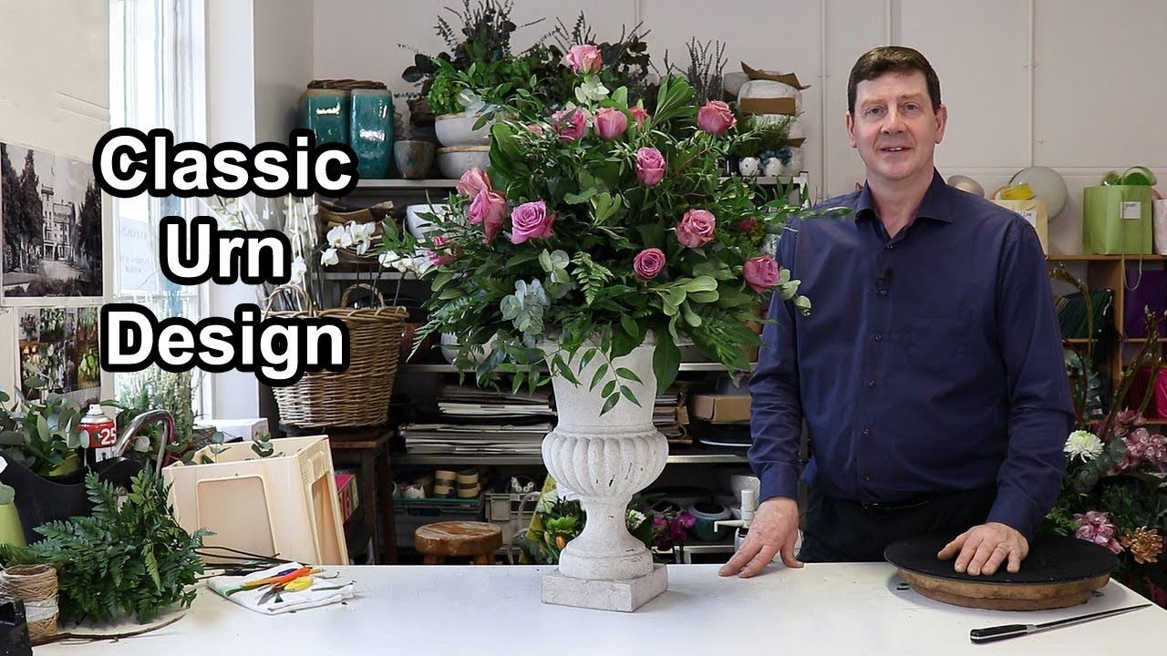 How To Make A Classic All Round Arrangement Large Flower