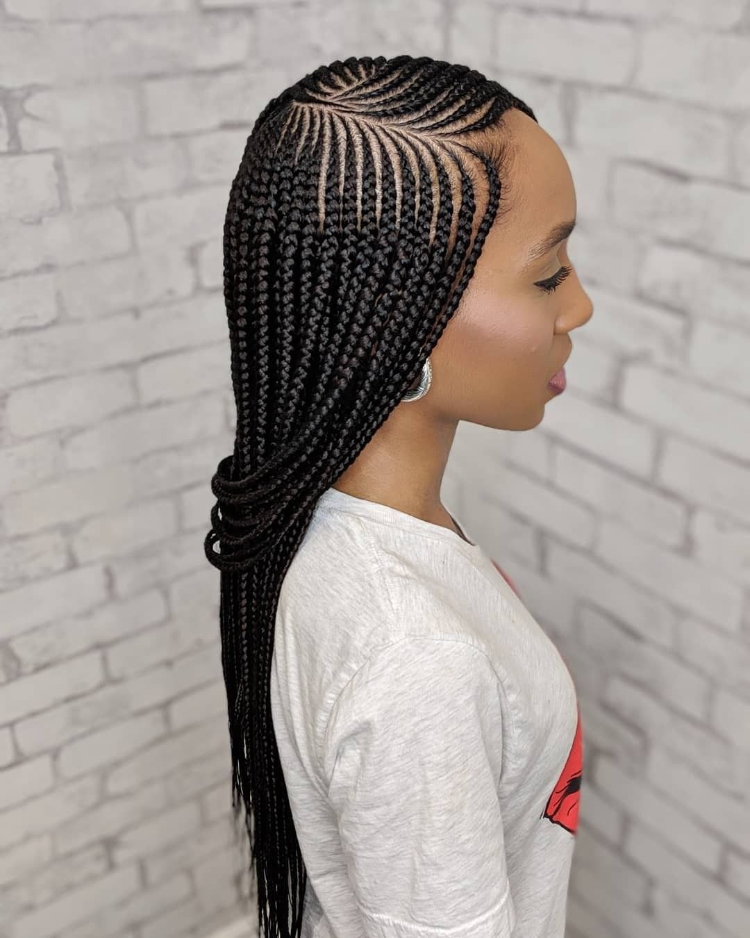 Long Braids Hairstyles Braidedhairstylesforblackwomen Trendyhairstyles Girl African Hair Braiding Styles African Braids Styles Human Braiding Hair