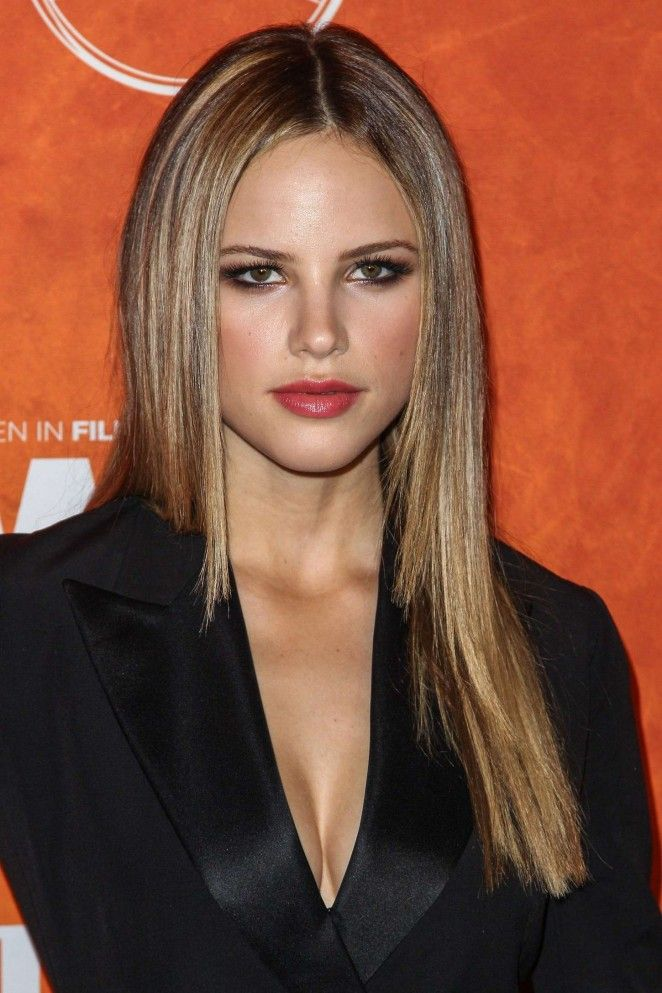 halston sage height