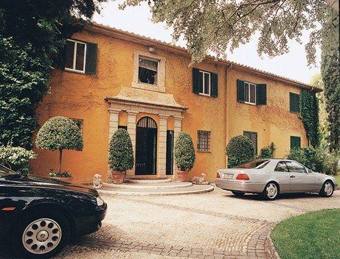 So Very Valentino Vogue Home Glamorous Interiors Celebrity Houses
