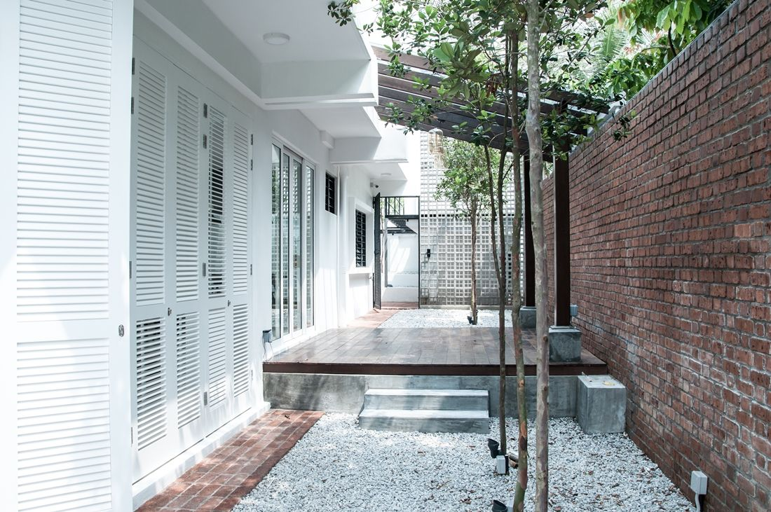White Haven Home In Bangsar By Core Design Workshop House Designs Exterior House Design House Renovation Design
