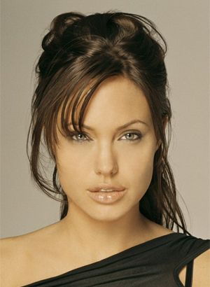 Angelina Jolie Oozes Hotness Tomb Raider Need I Say More
