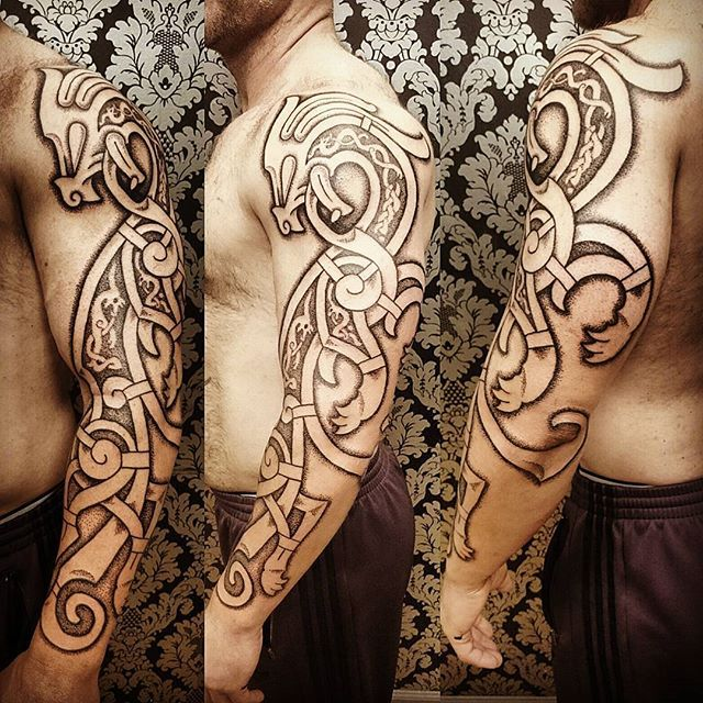 Kelly S Dragon Viking Vikingtattoo Nordic Nordicwyrm Nordictattoo Vikingdragon Nyc Tattoo Dotwo Norse Tattoo Viking Dragon Tattoo Scandinavian Tattoo