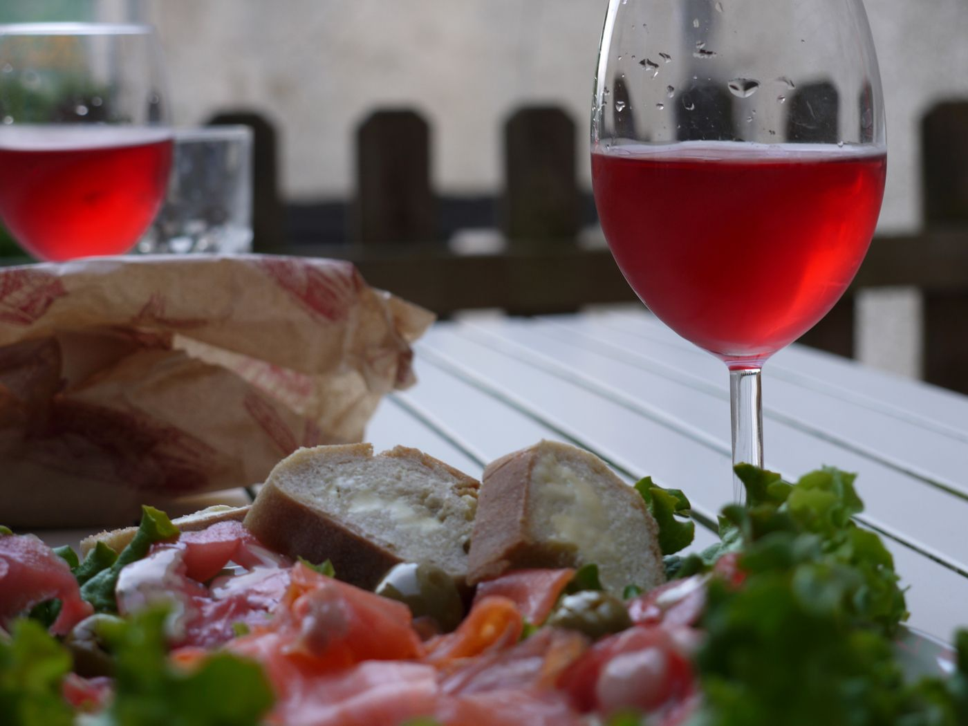 Top Ten Rose Wines From Around The World Scotsman Food Drink Wine Recipes Florida Food Food And Drink