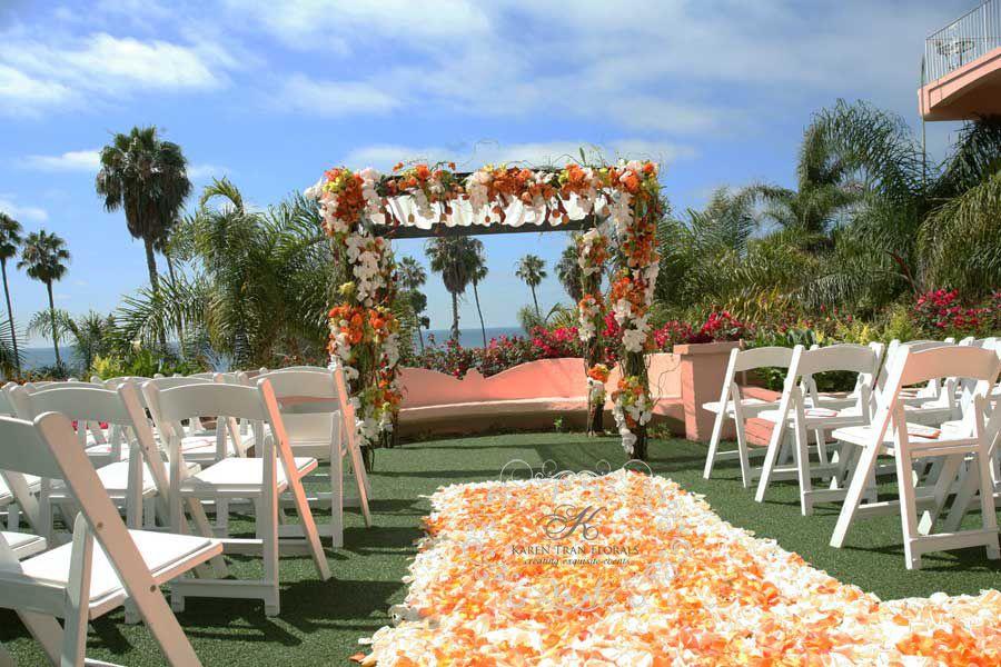 A Posh And Glam Wedding At La Valencia Hotel Jolla Michelle Jeremy San Go Blog