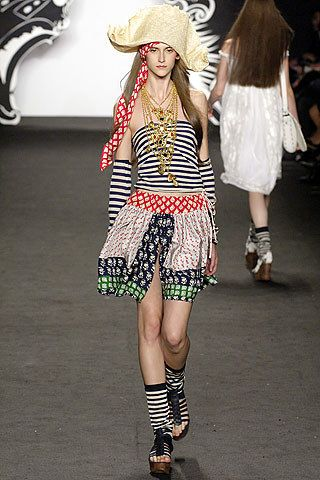 Anna Sui Spring 2007 Ready-to-Wear Collection Photos - Vogue