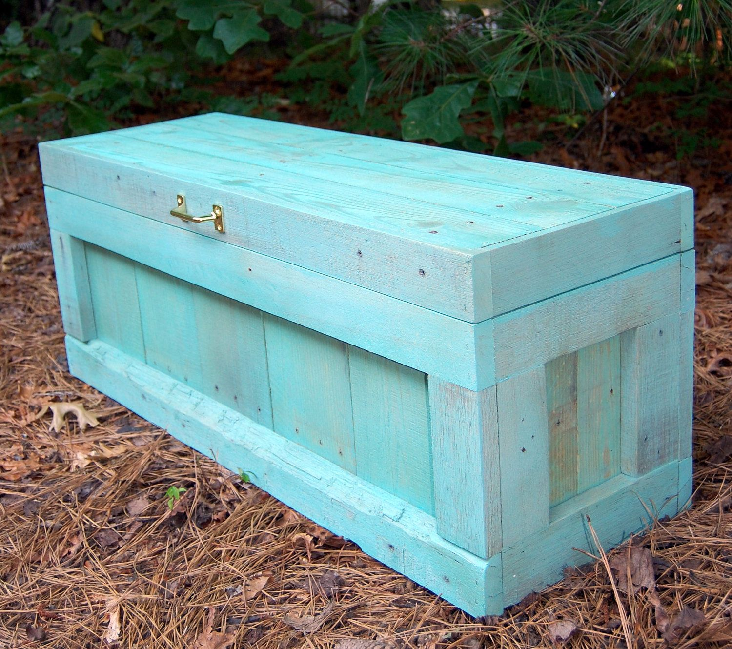 Hope chest toy box reclaimed pallet by for Toy pallets