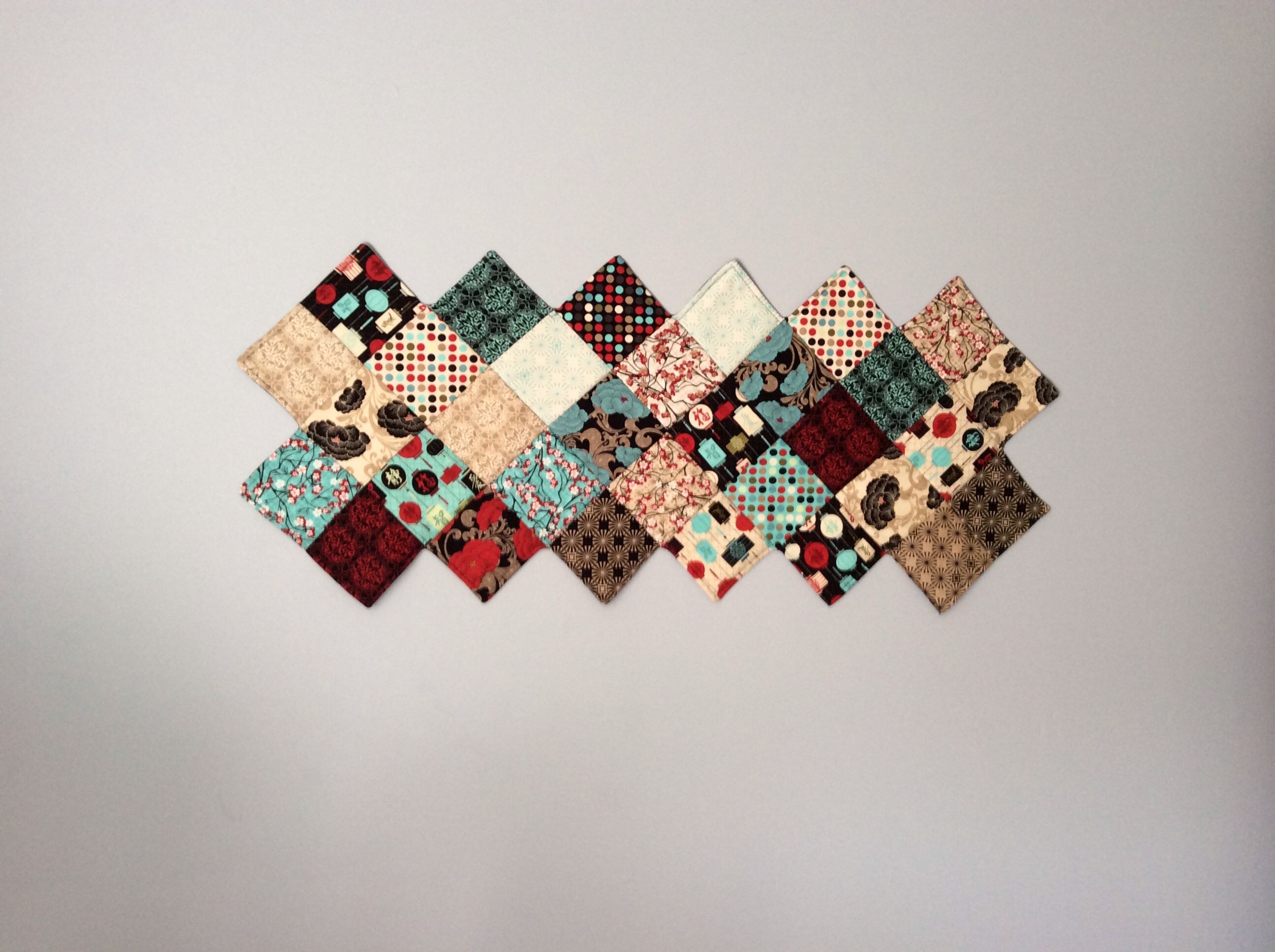 Zigzag quilted wall hanging or table runner quilts Pinterest