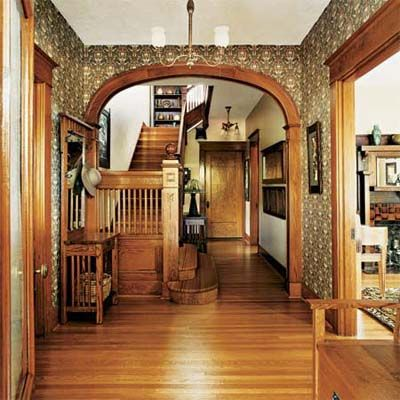 A 1908 Cottage With Simple Elegance Entryway Ideas
