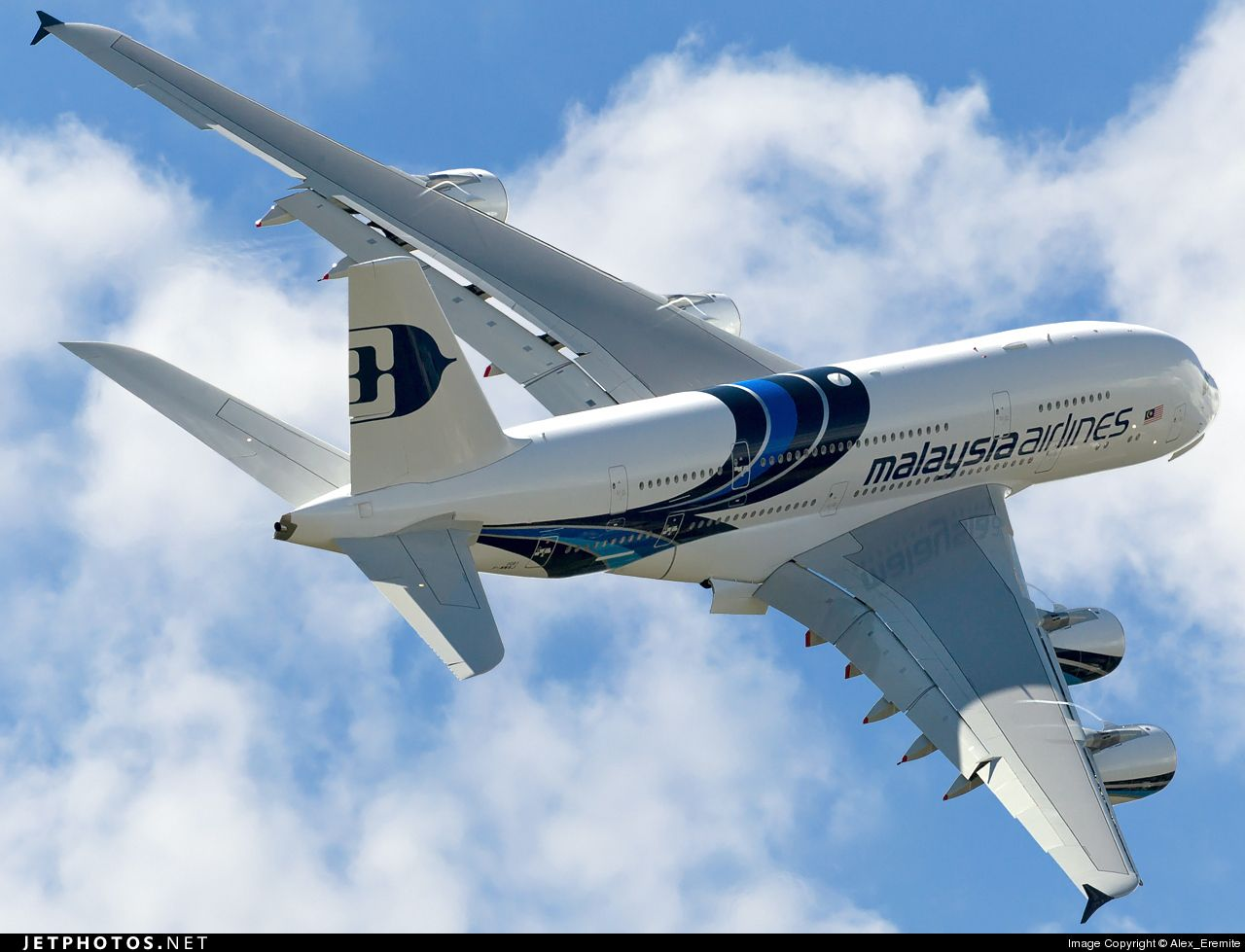 Malaysia Airlines Airbus A380 Download free comics or