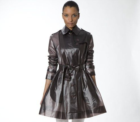 Terra's Stylish Raincoats Make Biking in the Rain Look Oh So Chic ...