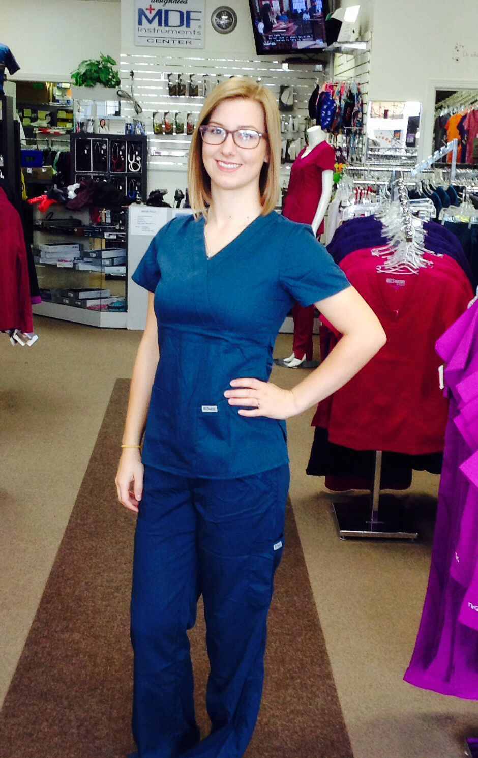 New Veridian Color In Greys Anatomy Classic 4153 Top And 4245 Pant
