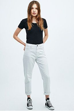BDG Mom Jeans in White