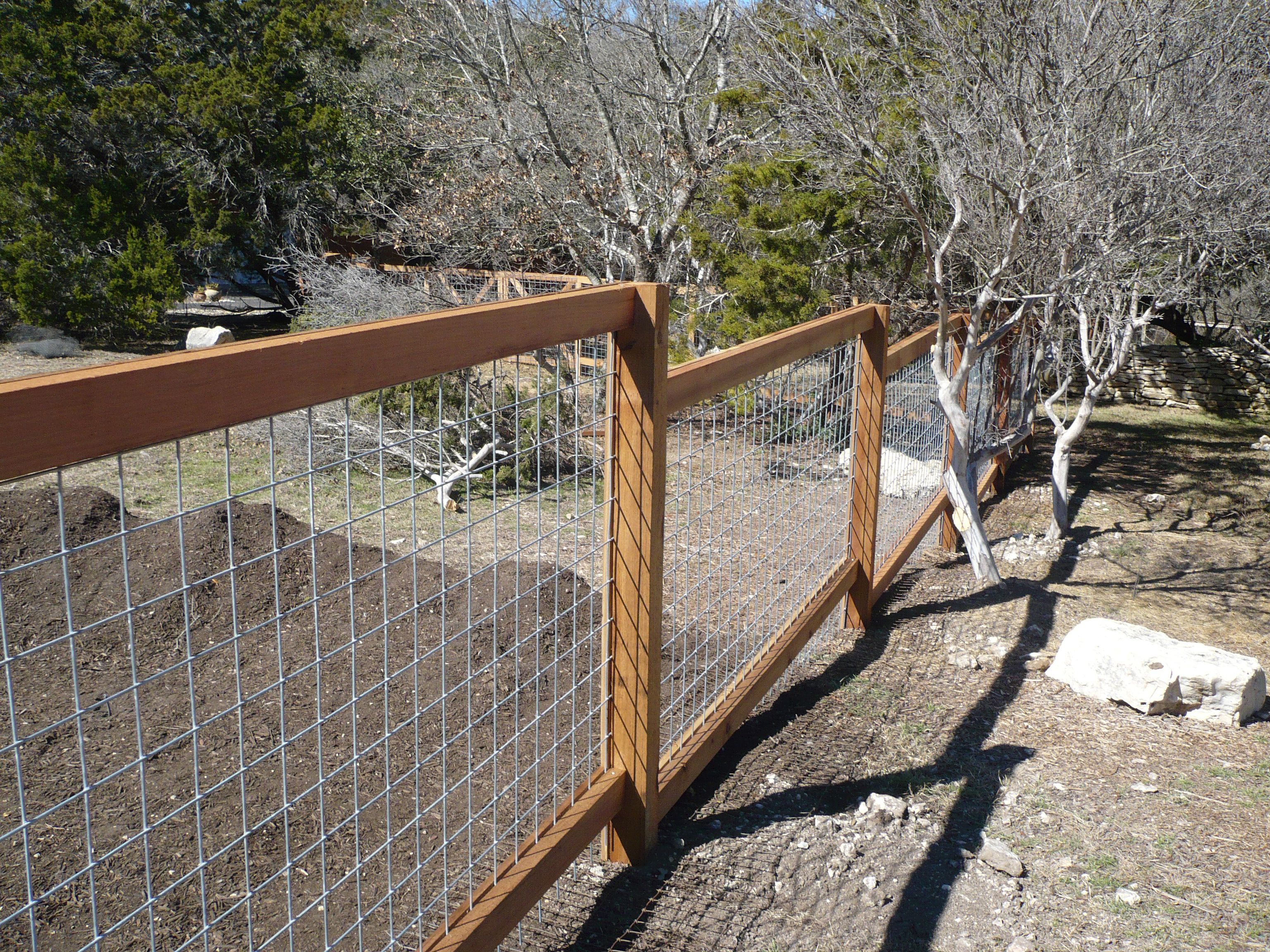 Wire And Wood Post Fence Cityfencesa
