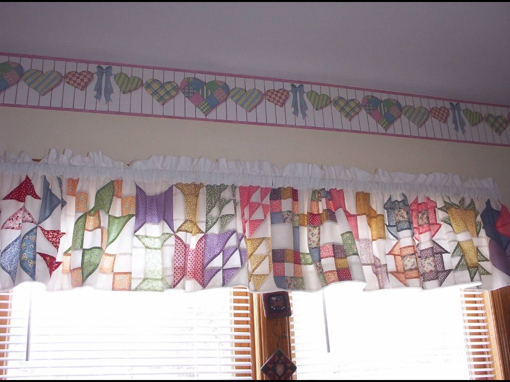 Extra Quilt Blocks Left Over Sewn Together Lined To Make A Window Valance In My Sewing Room Quilted Curtains Shabby Chic Curtains My Sewing Room
