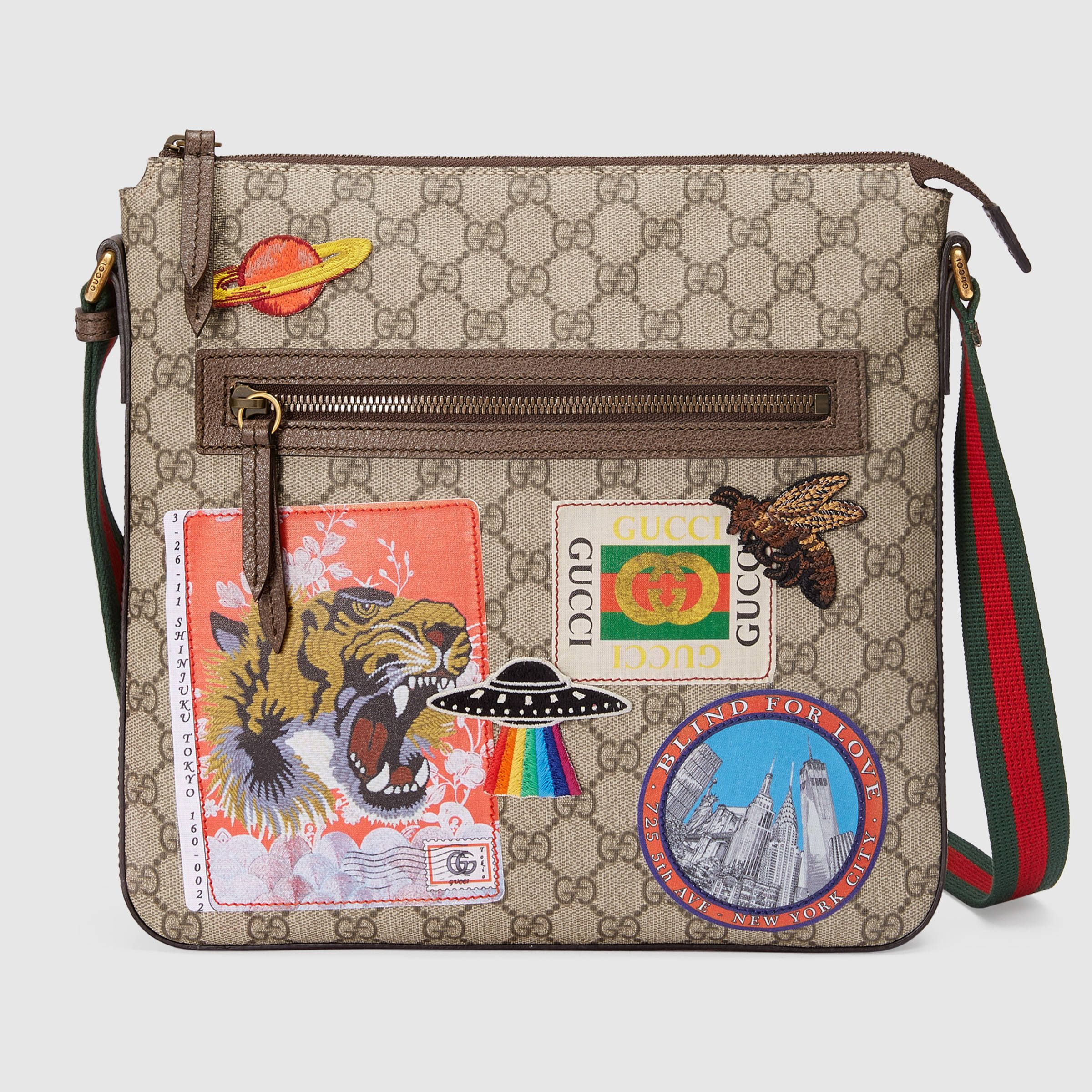 862d4a9dee9e Gucci Courrier soft GG Supreme messenger in 2019 | My Style | Gucci ...