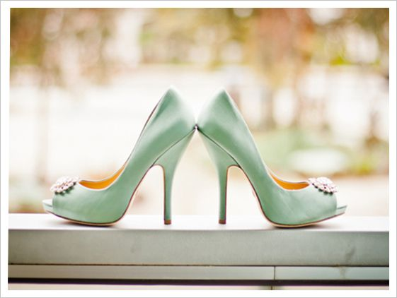 Green weddings and Mint green