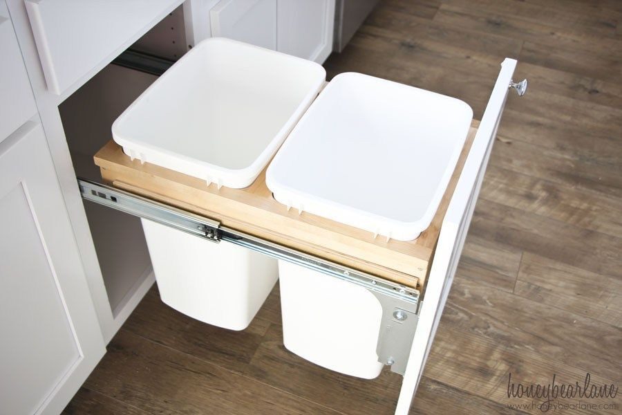 How to Install a Pullout Garbage - Diy kitchen cabinets, Kitchen upgrades, Home decor kitchen, Diy kitchen, Kitchen organization, Glass kitchen cabinets - This is a clear and helpful tutorial on how to install a pullout garbage, a necessity in any modern kitchen!