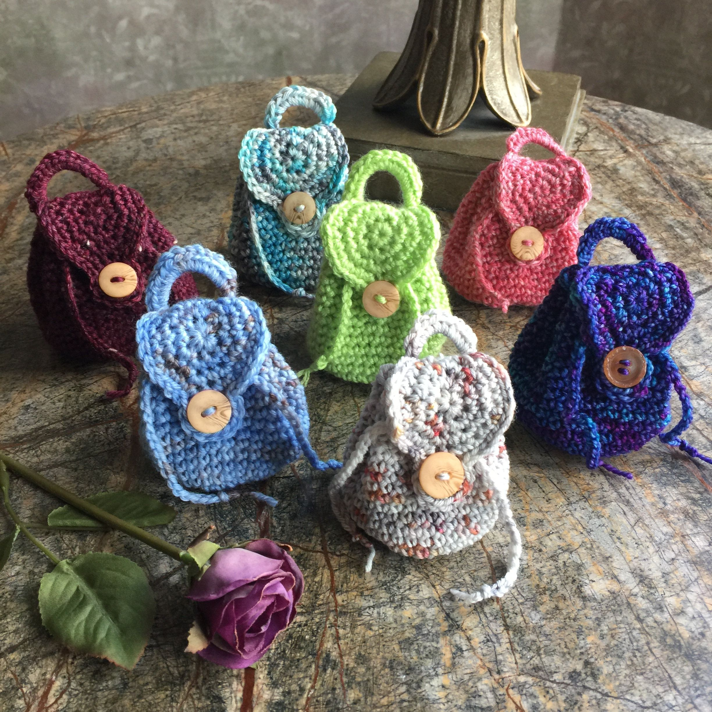 Crochet Keychain - 15 Free Crochet Patterns ⋆ DIY Crafts | 2448x2448