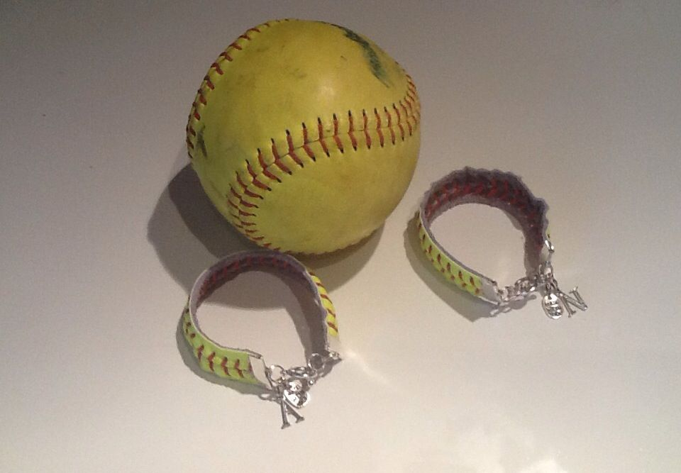 Diy Softball Bracelets With Charms