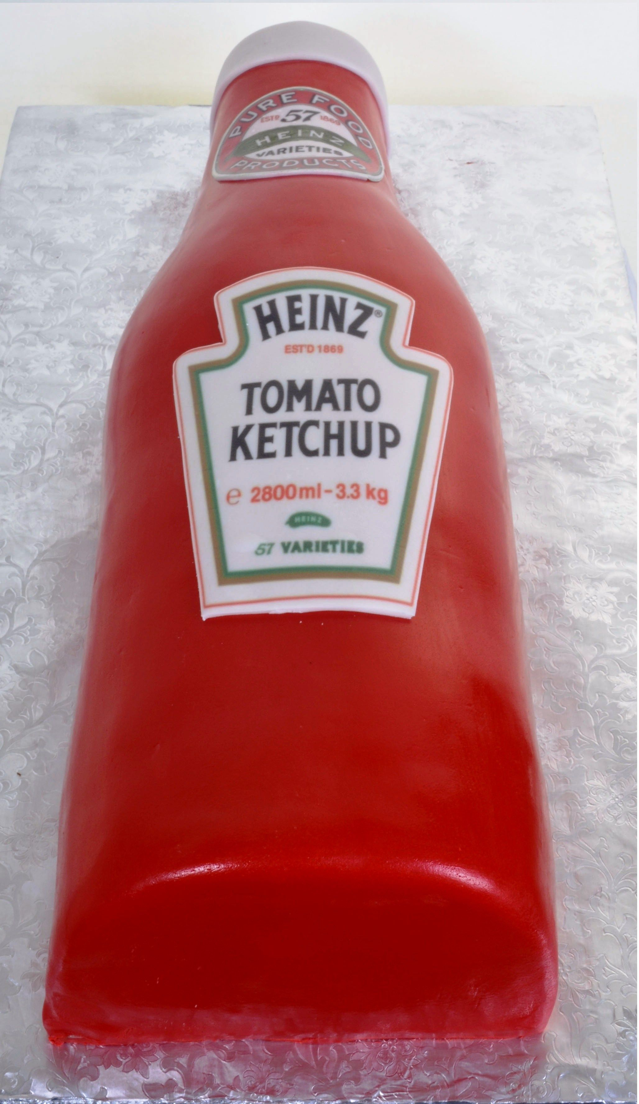 Ketchup Bottle Cake With Images Specialty Cakes Realistic