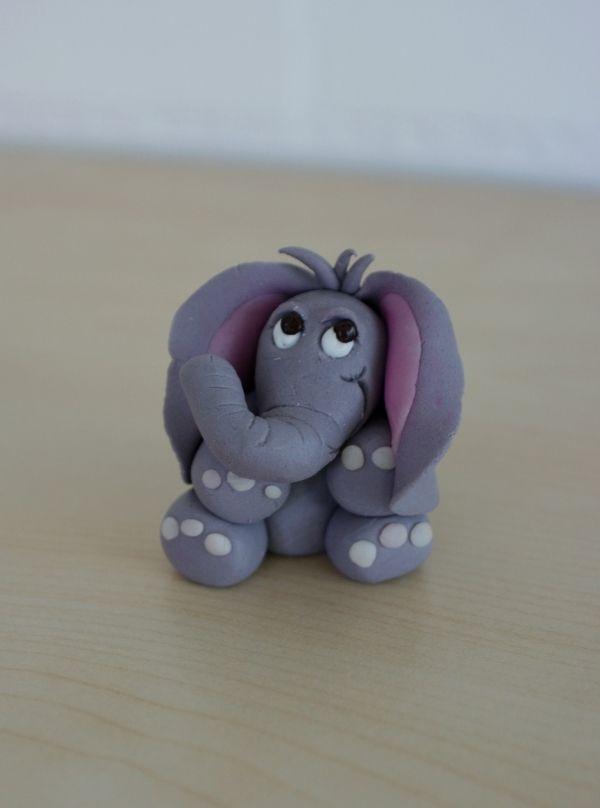 éléphant fait de pâte d'amande / marzipan elephant | modelage
