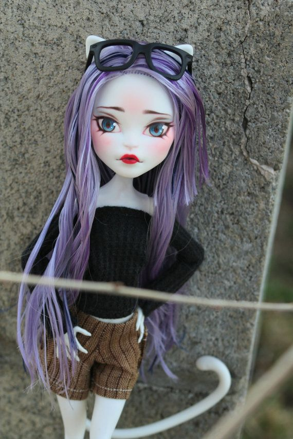 Ooak Monster High Doll Catrine Demew Repainted With Watercolor