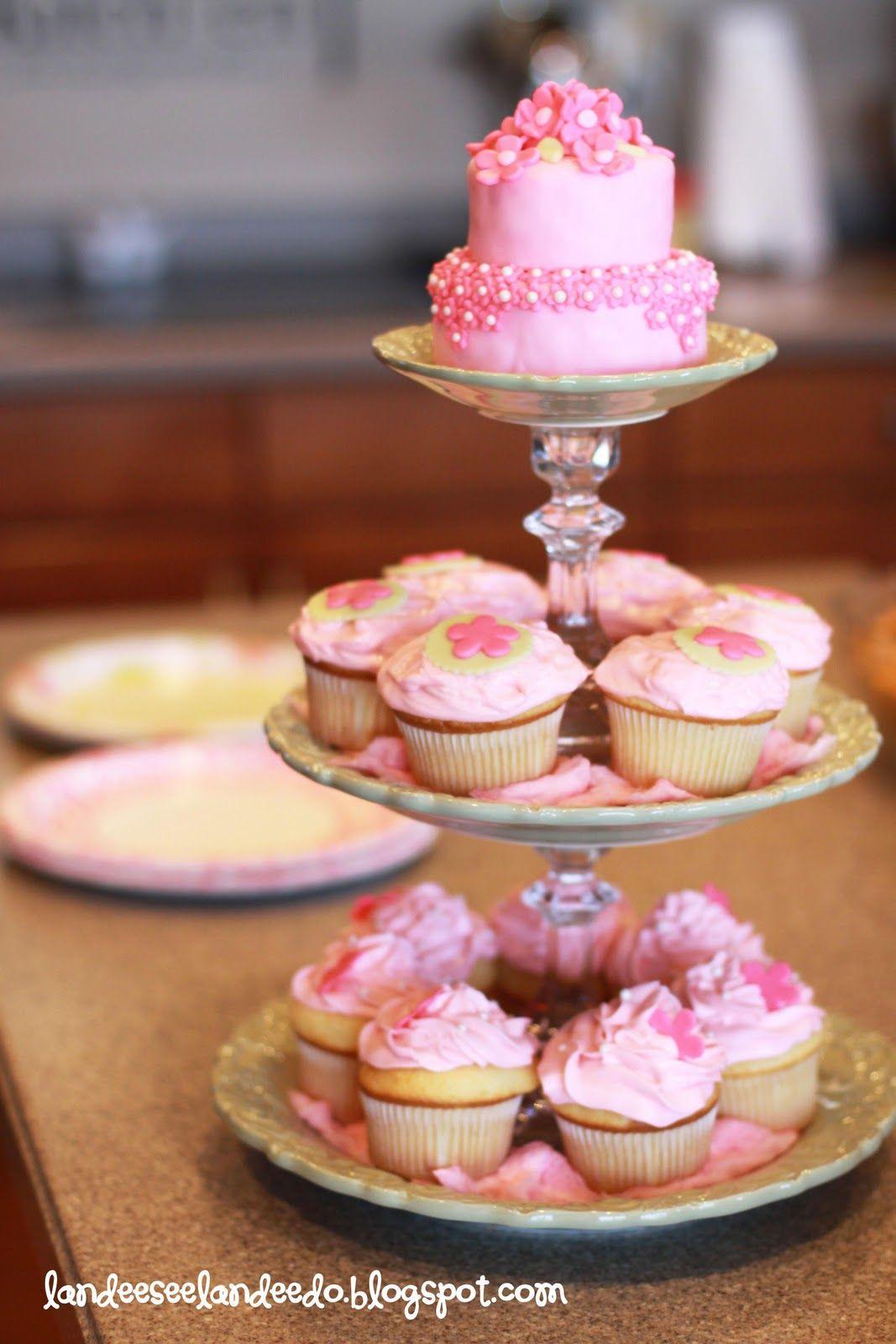 Kate and Elliot wedding cake | Kate and Elliots wedding | Pinterest ...