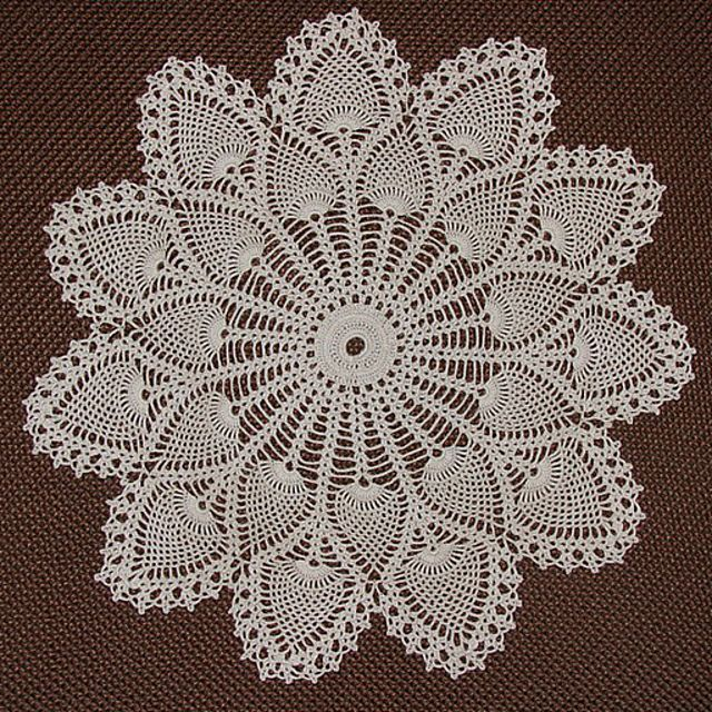 Ravelry Royal Pineapple Doily 7275 By The Spool Cotton Company