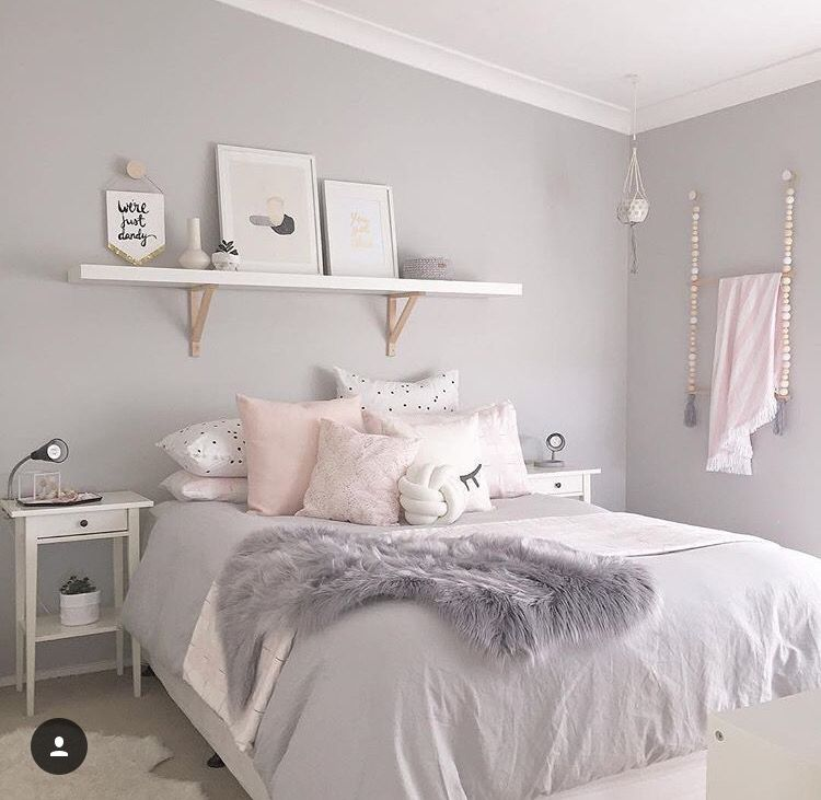 Teen S Bedroom With Feature Grey Wall And Monochrome Bed Linen: Home Designing!!!! In 2019