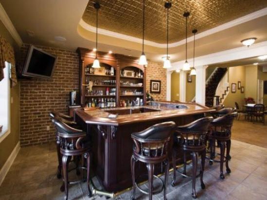 Photo of Großartig aussehende Keller Home Bar – Traditionelle # Freizeiträume # Freizeit …