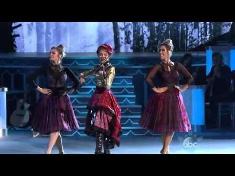 cma country christmas 2015 lindsey stirling celtic carol performance youtube - Cma Country Christmas 2015