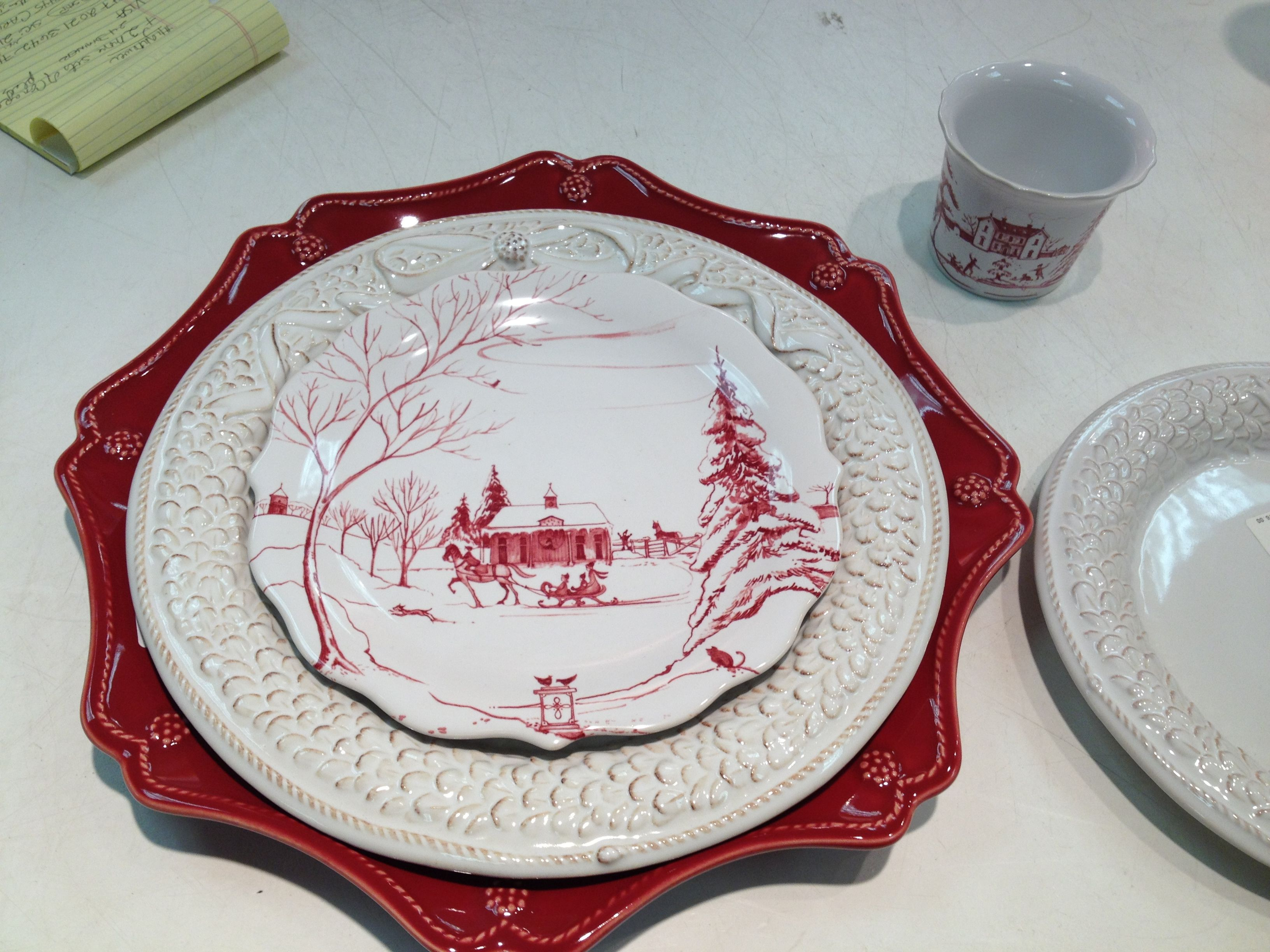 Juliska Christmas setting. Ruby charger, boxwood and bow plate, ruby ...