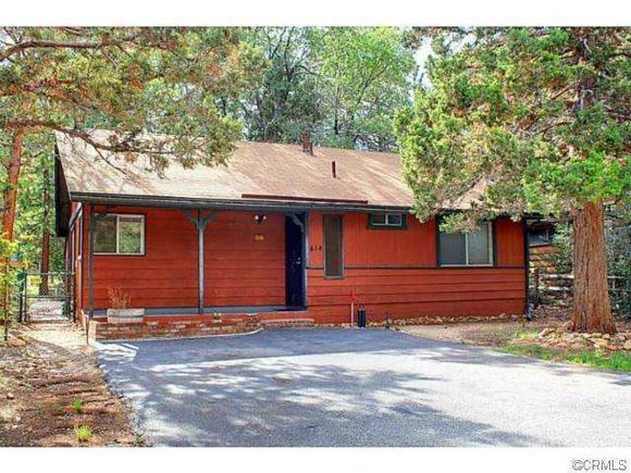 Home @ 414 Victoria Lane with 2 bedrooms and 1.0 bathrooms for $138,888
