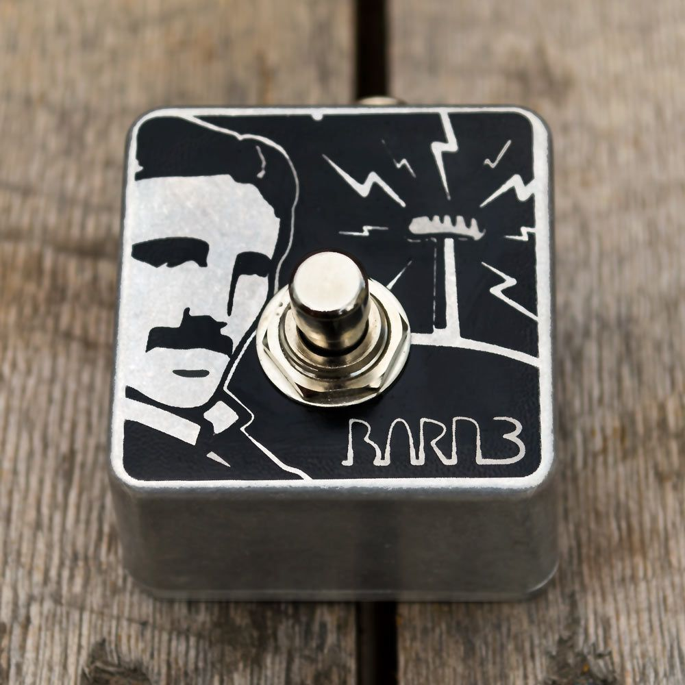 One-button momentary switch (tap tempo) pedal with image of Nikola Tesla