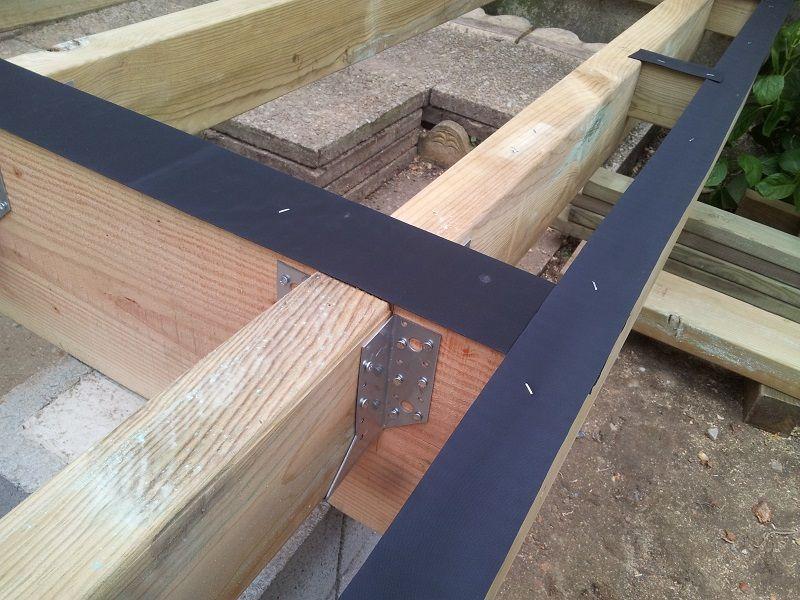 Terrasse en pin TOTEM Atelier Bois Construction Pinterest - construction terrasse en bois sur parpaing
