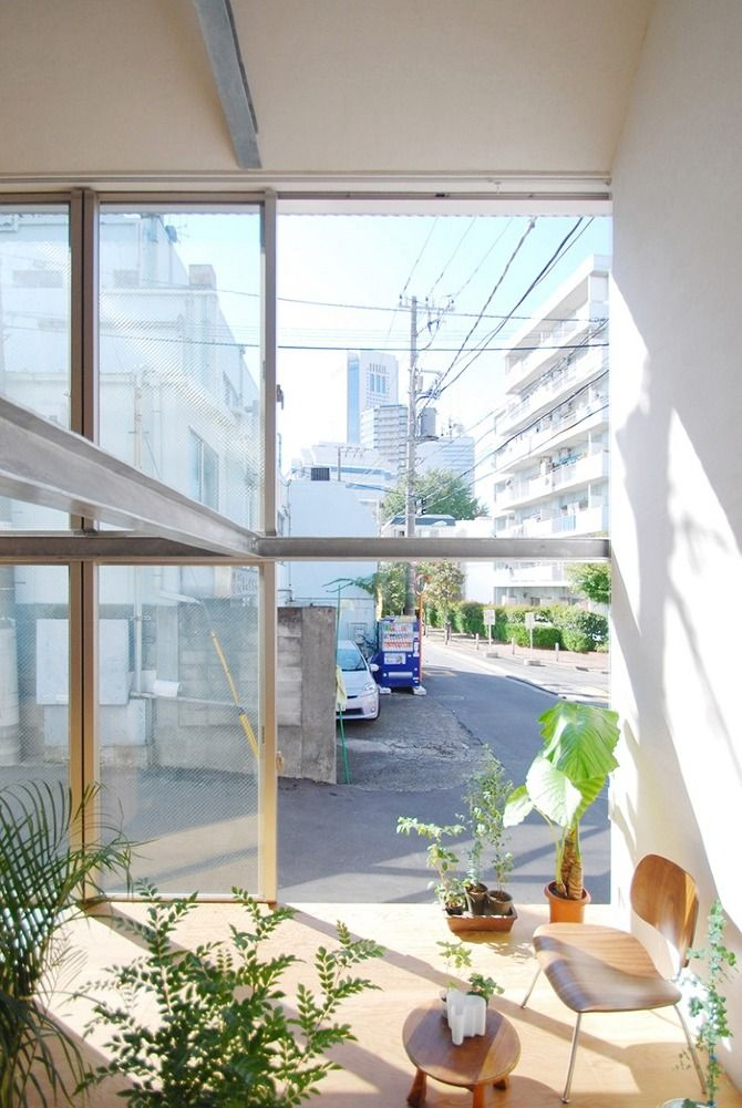 Small House in Shinjuku by Junpei Nousaku Architects