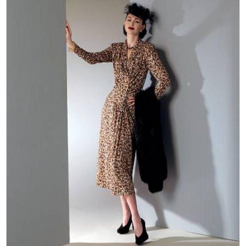 Vogue 9126 Damenkleid | Projekt Walküre | Pinterest | Kleid nähen ...