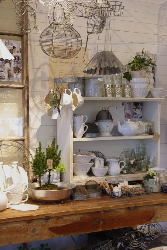 Country cottage. | booth, shop and display inspiration | Pinterest ...