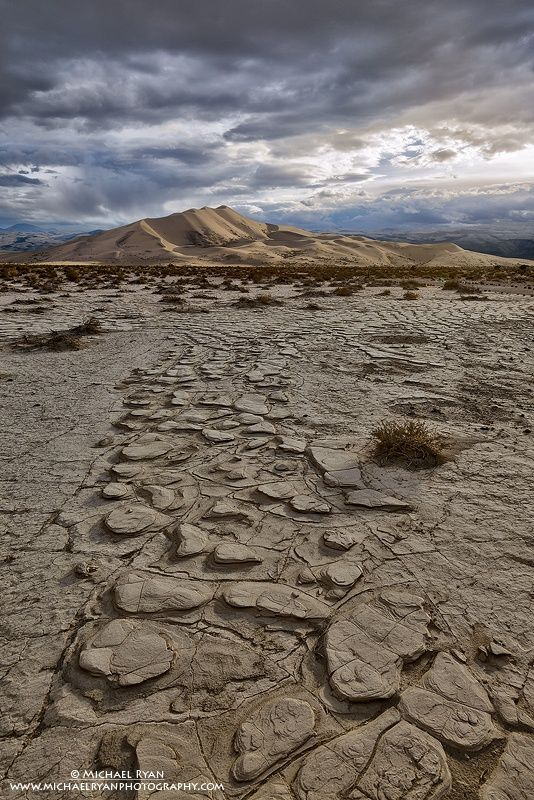 Dramatic Light and a Path Forward Death Valley National Park ... 110d0729446
