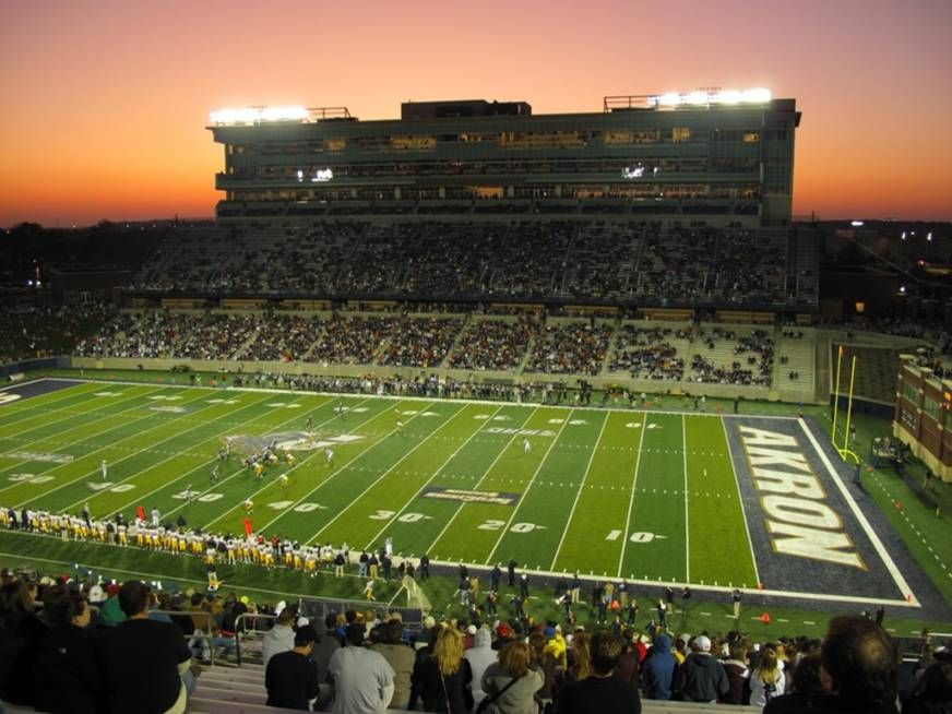 University Of Akron Zips Night Football Game At Infocision Stadium University Of Akron Akron Zips Football Stadiums
