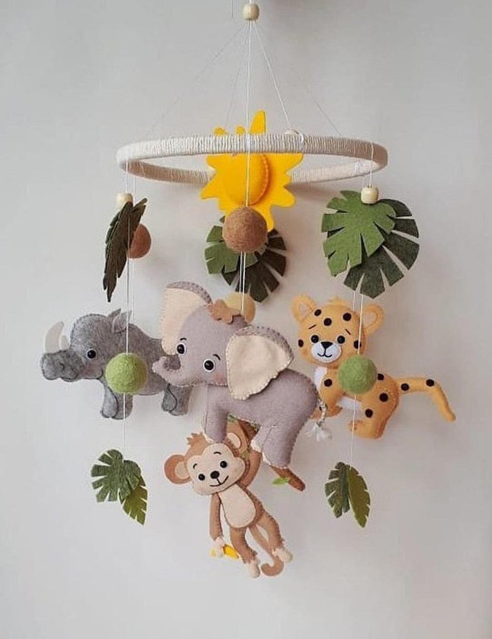 Jungle mobile, safari baby mobiles, baby animals mobiles nursery decor gift for baby hanging mobile crib Custom made animal cot mobile