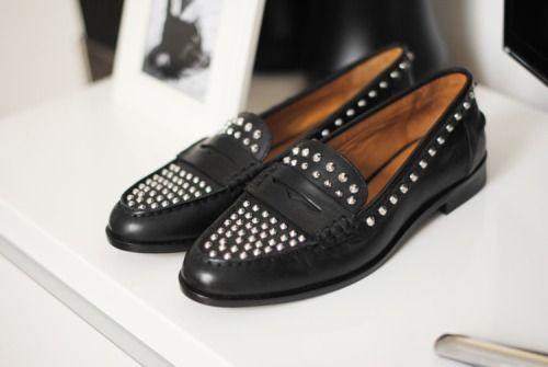 — Zara Studded Loafers (image:fashionvibe)