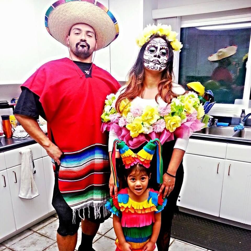 mexican themed family costume idea - Mexican Themed Halloween Costumes