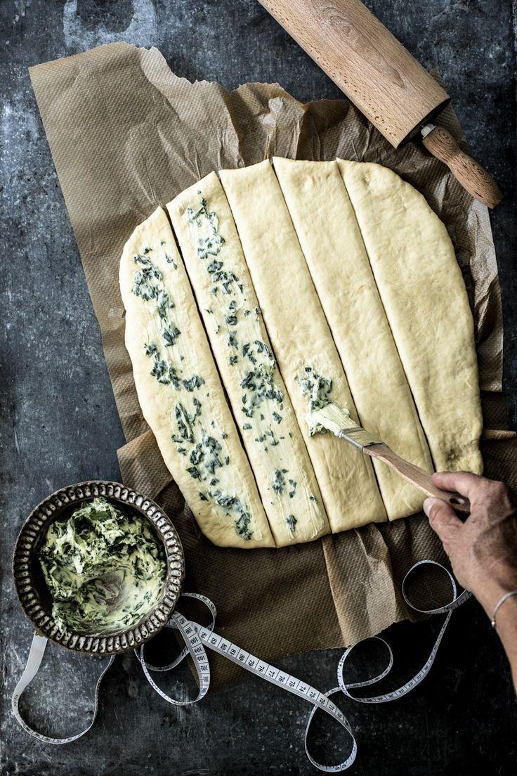 Photo of Kräuterzupfbrot | Rezept | Brot selber backen rezept, Rezepte mit hefeteig und Zupfbrot