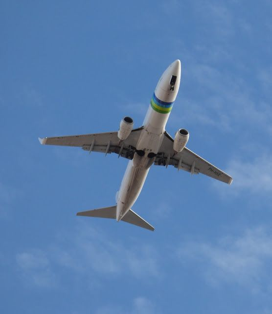 Canary Islands Spotting....Spotter: Transavia Airlines PH-HSE Boeing 737 Landing Fuert...