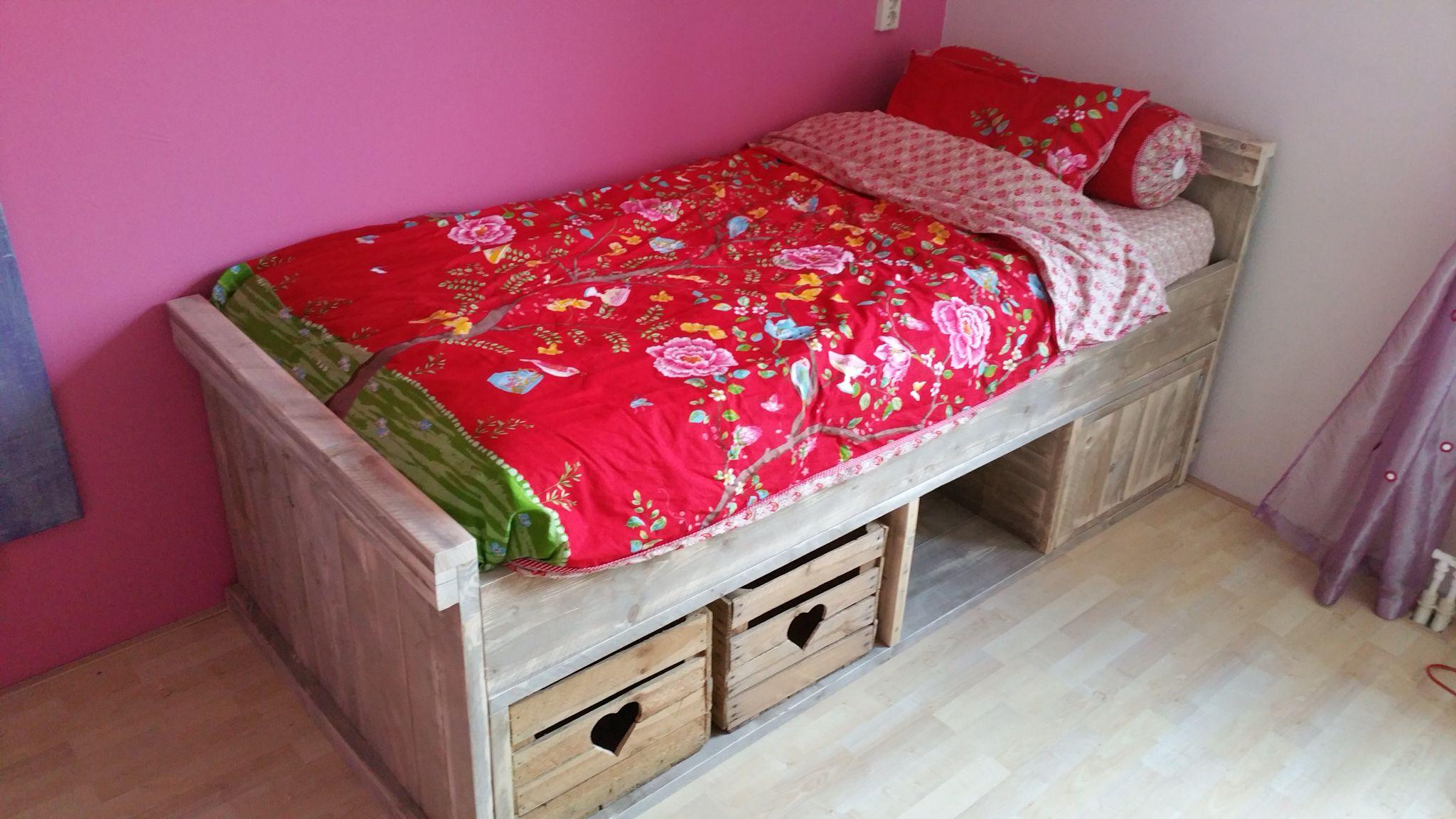 Slaapkamer Bankje Marktplaats : Tienerbed met opbergruimte femke slaapkamer idee