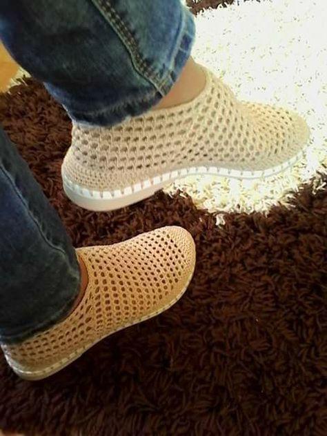 Pin von Cinzia Mandati auf Crochet   Pinterest   Schuhe häkeln ...