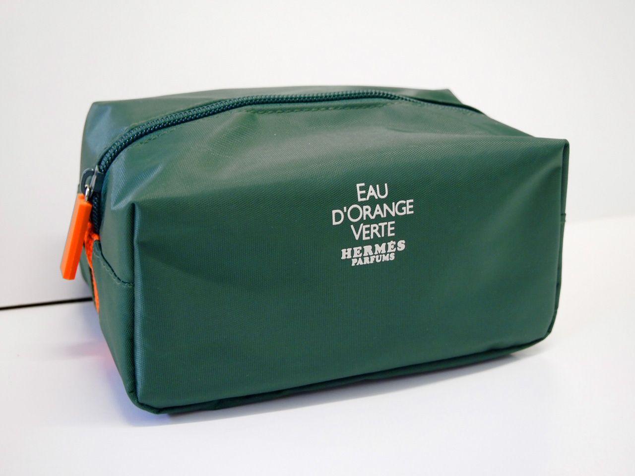 Auth Chanel Black cosmetic travel makeup pouch brush bag case with mirror  Material  Black Nylon Measurement  16.5cm x 12cm x 4.5 cm   6.6