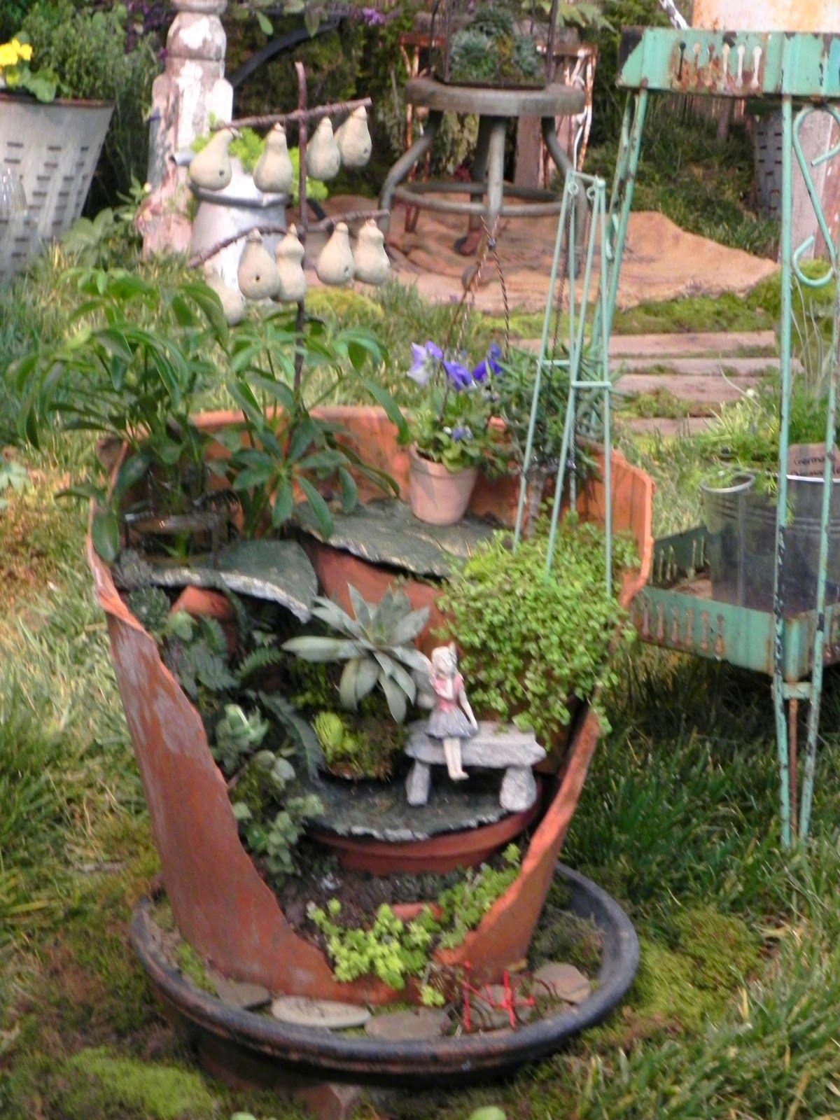 35 Fairy Garden Ideas in a Pot | Pinterest | Fairy garden pots ...